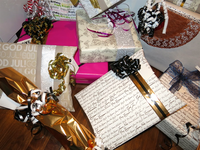 Gift wrapping inspiration, julklappsinslagning inspiration
