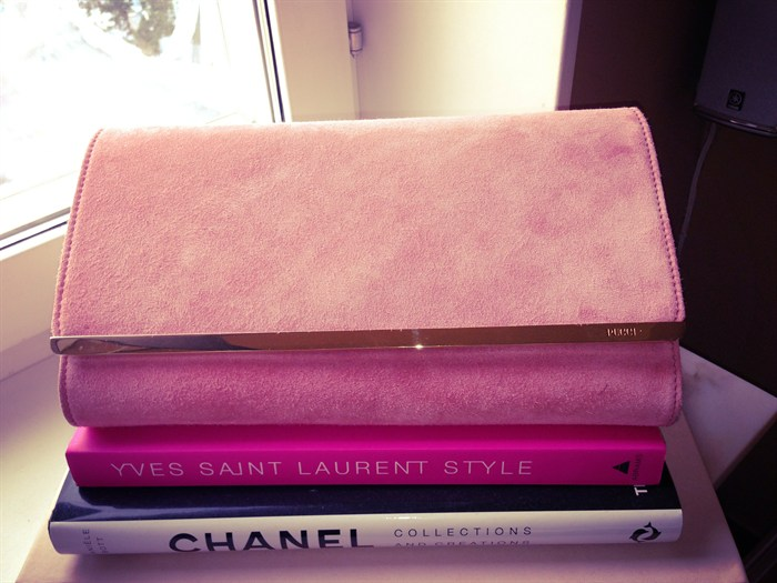 fashionbooks fashion books chanel, ysl Pucci clutch classic