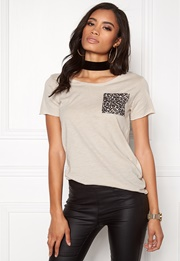 ONLY Easy S/S Pocket Top