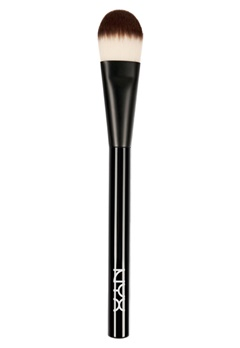 NYX NYX Pro Flat Foundation Brush  Bubbleroom.se