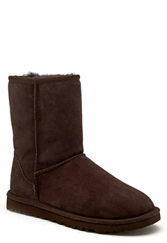 UGG Australia Classic Short Chocolate Bubbleroom.se