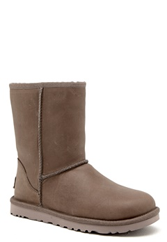 UGG Australia Short Leather Feather Bubbleroom.se