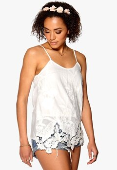 Mixed from Italy Cut-Out Emb Cami Top White Bubbleroom.se