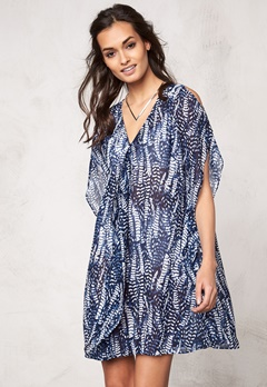Make Way Izorte Dress Dark blue/White/Pat Bubbleroom.se