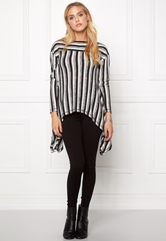 Chiara Forthi Trapeze Top Black / White Bubbleroom.fi