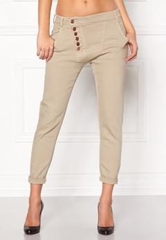 77thFLEA Deanne girlfriend jeans Oystergrey Bubbleroom.se