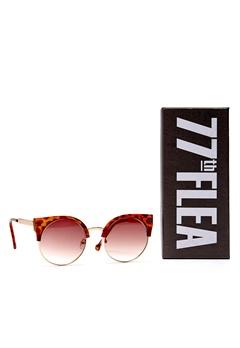 77thFLEA Pat sunglasses Brown turtle Bubbleroom.se