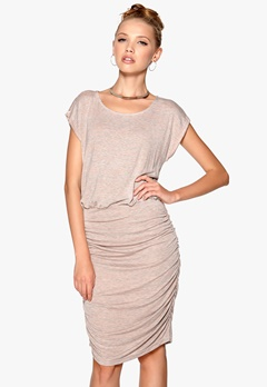 SOAKED IN LUXURY Janis Dress Grey Mel. Bubbleroom.se