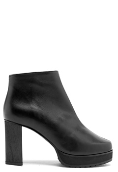 RODEBJER Lyanifa Ancle Boot Black Leather Bubbleroom.se
