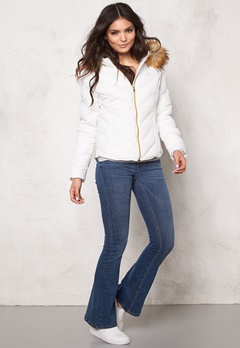 Svea Whitehorse Jacket White Bubbleroom.se