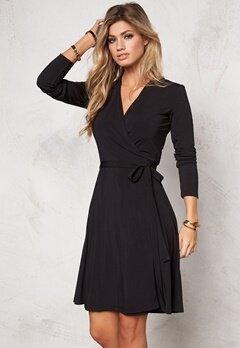 Chiara Forthi Blues Wraparound Dress Black Bubbleroom.se