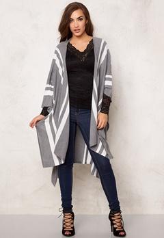 BUBBLEROOM Favorite knitted poncho White / Light grey m Bubbleroom.se