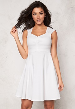 b.young Sholia Dress 80115 Off White Bubbleroom.fi