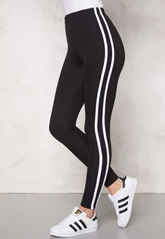 Chiara Forthi Chill leggings Black / White Bubbleroom.se