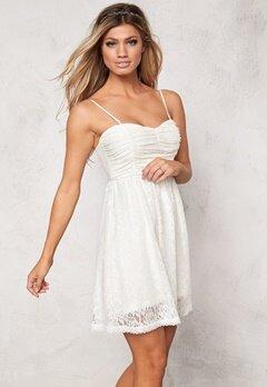 Chiara Forthi Daniella Dress Offwhite Bubbleroom.se