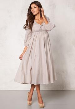 Chiara Forthi Flow Dress Chateau Grey Bubbleroom.se