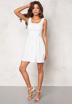 Chiara Forthi Fontana Skater Dress Milk Bubbleroom.fi