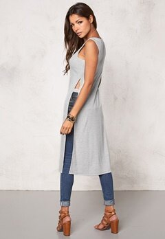 Chiara Forthi Intrend High Slit Tee Grey melange Bubbleroom.se