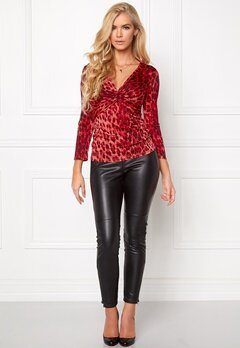 Chiara Forthi Mathea Leo Top Red/Black Bubbleroom.se