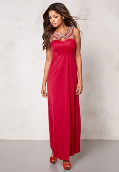 Chiara Forthi Noura Embellished Dress Raspberry red Bubbleroom.se