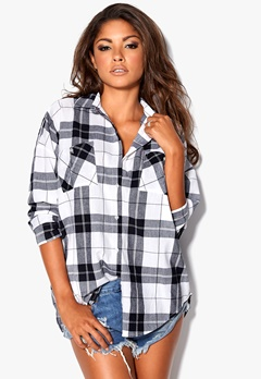 Chiara Forthi Relaxed Oversized Shirt White/Black/Checked Bubbleroom.se