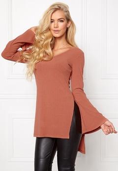 Chiara Forthi Side Split Sweater Soaked Raisins Bubbleroom.se