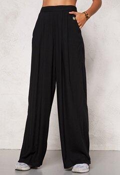 Chiara Forthi Ultra Soft Wide Pants Black Bubbleroom.se