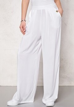 Chiara Forthi Ultra Soft Wide Pants White Bubbleroom.se