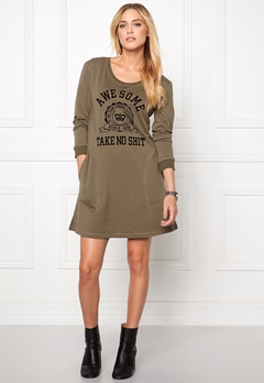 Chiara Forthi Weekend Long Shirt Military Green Bubbleroom.se