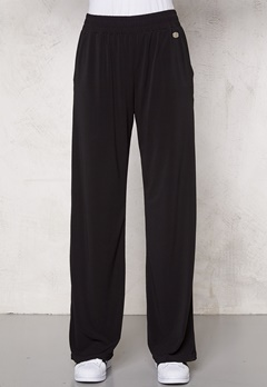 Chiara Forthi Wide Weekend Trousers Black Bubbleroom.se