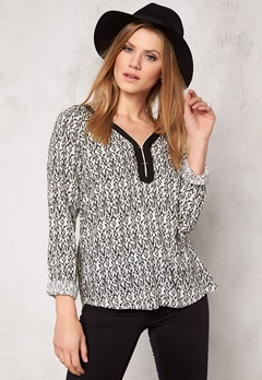 Culture Steven Blouse Black Combo Bubbleroom.se
