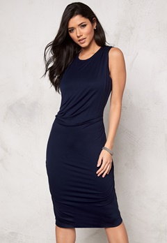 DAGMAR Ulliva Dress 555 Navy Blue Bubbleroom.se