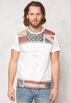 Deeluxe Cover T-Shirt Off White Bubbleroom.se