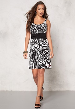 Desigual Margarita Dress Negro Bubbleroom.se