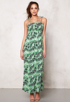 Desires Dope 1 Dress 3010 Leprechaun Bubbleroom.se