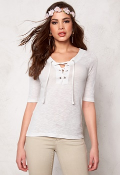 ONLY Freja Lace up 2/4 Top Cloud Dancer Bubbleroom.se