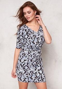 ICHI Eva Dress 14010 Cashmere Blue Bubbleroom.se