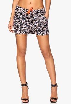 ICHI Laja Shorts 11111 Multicolour fl Bubbleroom.se