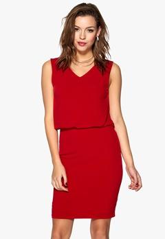 ICHI Larla Dress 16255Barbados Cherry Bubbleroom.se