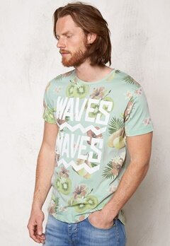 JACK&JONES Gilliam Tee ss Crew Neck Surf Spray Bubbleroom.se