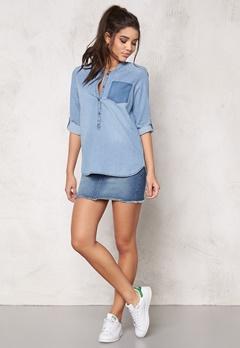 Jacqueline de Yong Move Pocket Denim Shirt Light Blue Denim Bubbleroom.se
