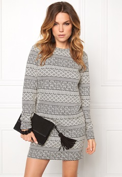Jacqueline de Yong Peachpit l/s o-neck Cloud dancer Bubbleroom.se