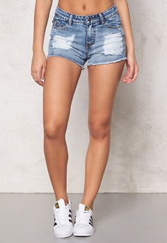 Pieces Just Taylor R.M.W shorts Light Blue Denim Bubbleroom.se