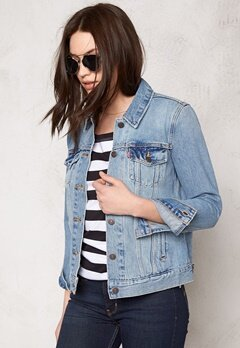 LEVI'S Boyfriend Trucker Jacket Blue Cliff Bubbleroom.se