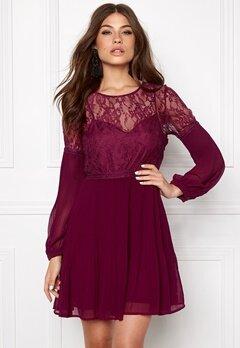 Make Way Admira Dress PurpleRed Bubbleroom.se