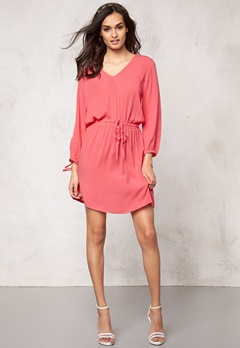 Make Way Anelia Dress Coral Bubbleroom.se