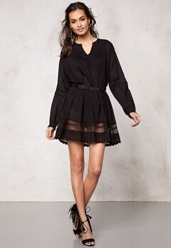 Make Way Cianna Tunic Black Bubbleroom.se