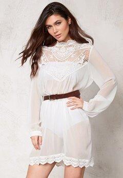 Make Way Colonie Dress White Bubbleroom.se