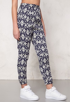 Make Way Wes Pants Blue/White/Patterned Bubbleroom.se