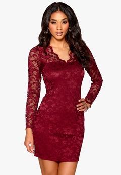 Model Behaviour Simone Dress Wine-red Bubbleroom.se